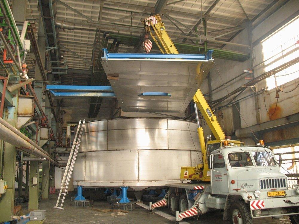 Nádrž 120 m3<br />DIAMO nádrž, materiál: 316Ti, objem: 120m<sup>3</sup>.